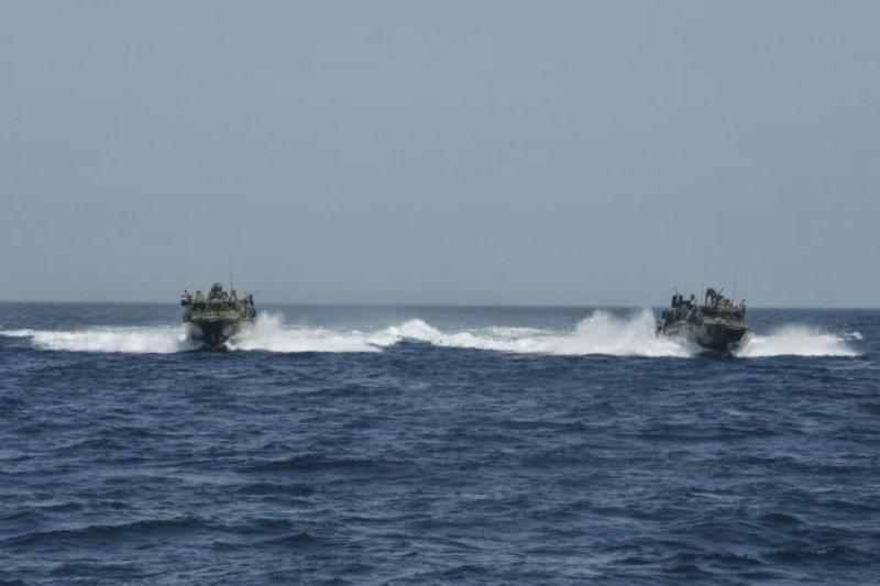 توقیف قایق ایرانی
