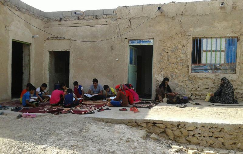 کلاس قرآن و فیلم در کردوان