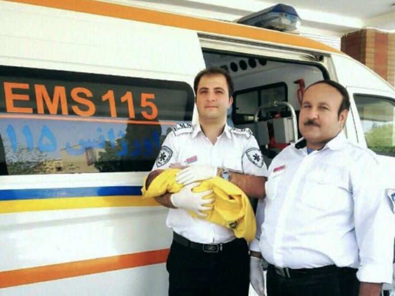 تولد در آمبولانس